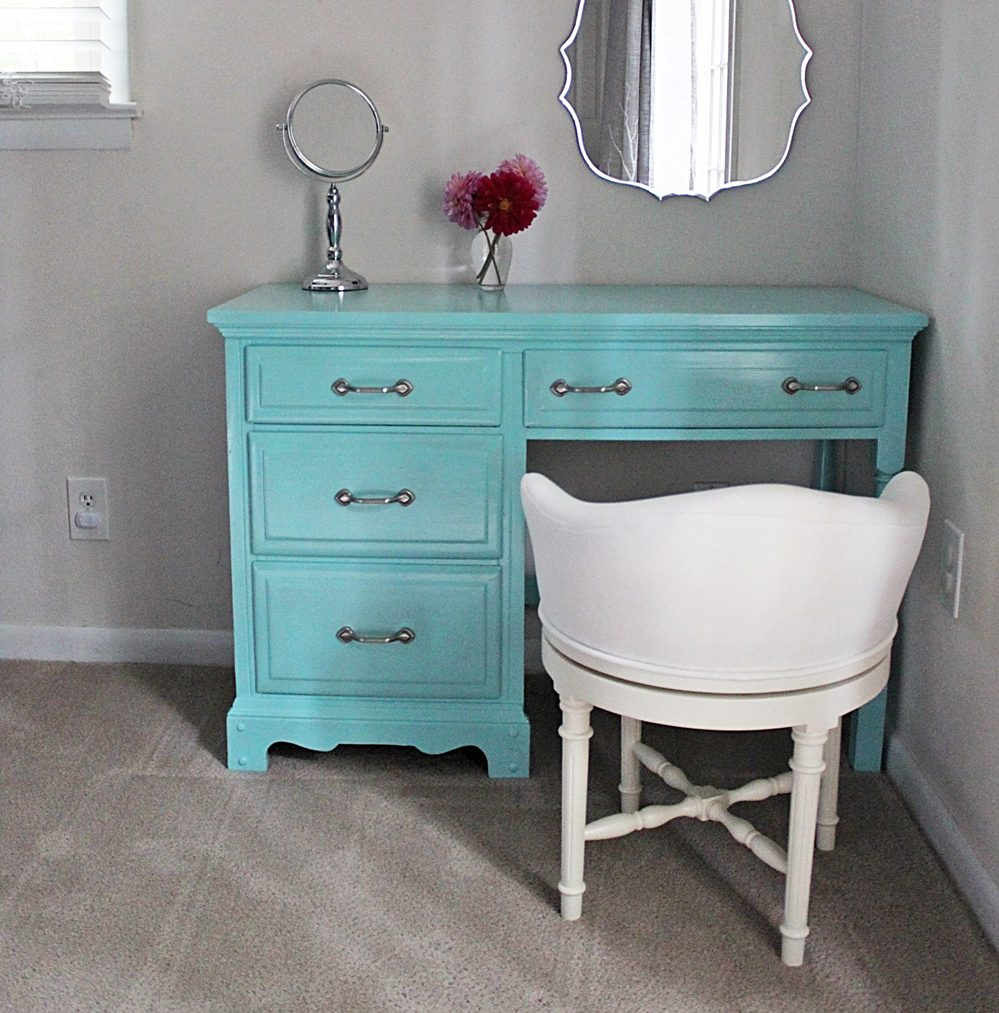DIY Desk to Vanity Tutorial